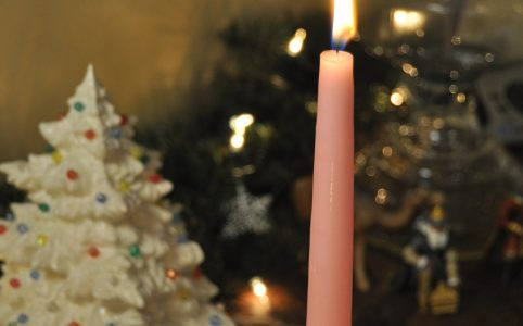 pink Advent candle